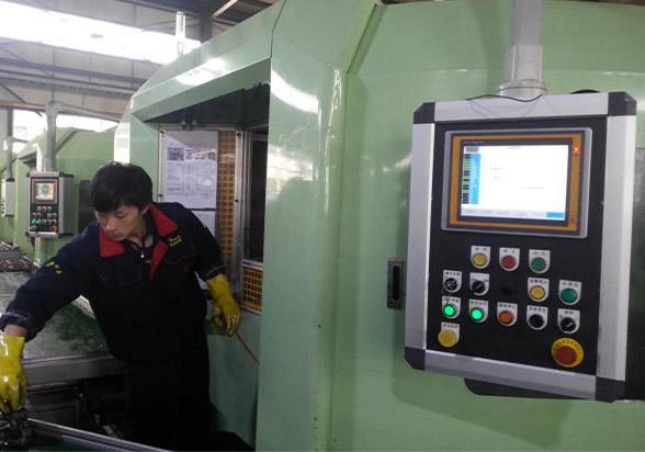 ITPC-8104c工业平板电脑在数控机床系统中的应用